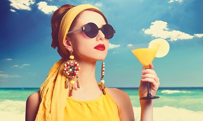 Come vestirsi per un aperitivo in spiaggia f0ed1cd6ea0