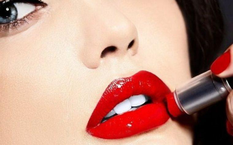 Rossetto rosso:un classico del make up!